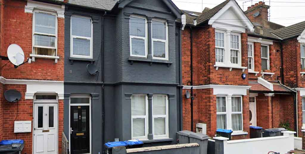 HMO latest: Landlord pays back £11k to tenants despite claiming it was daughter's home