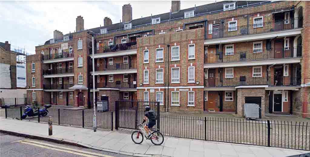 Slum landlord duo told to pay back £9,000 in rent for unlicenced HMO